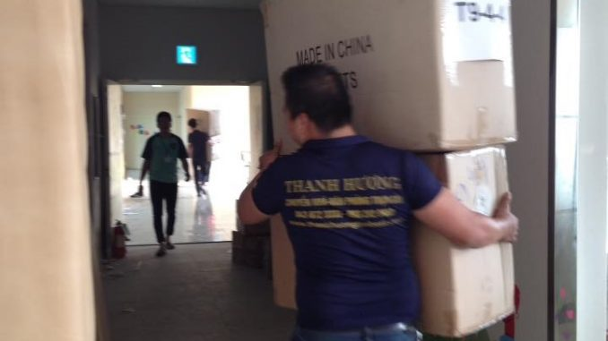 Dịch vụ chuyển văn phòng giá rẻ tại đường Đào Cam Mộc