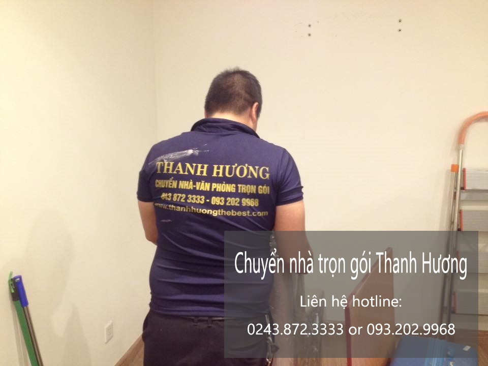 Dịch vụ chuyển văn phòng giá rẻ Thanh Hương tại phố Trần Quốc Vượng