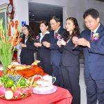 Hình ảnh cúng khi sang văn phòng mới Thanh Hương